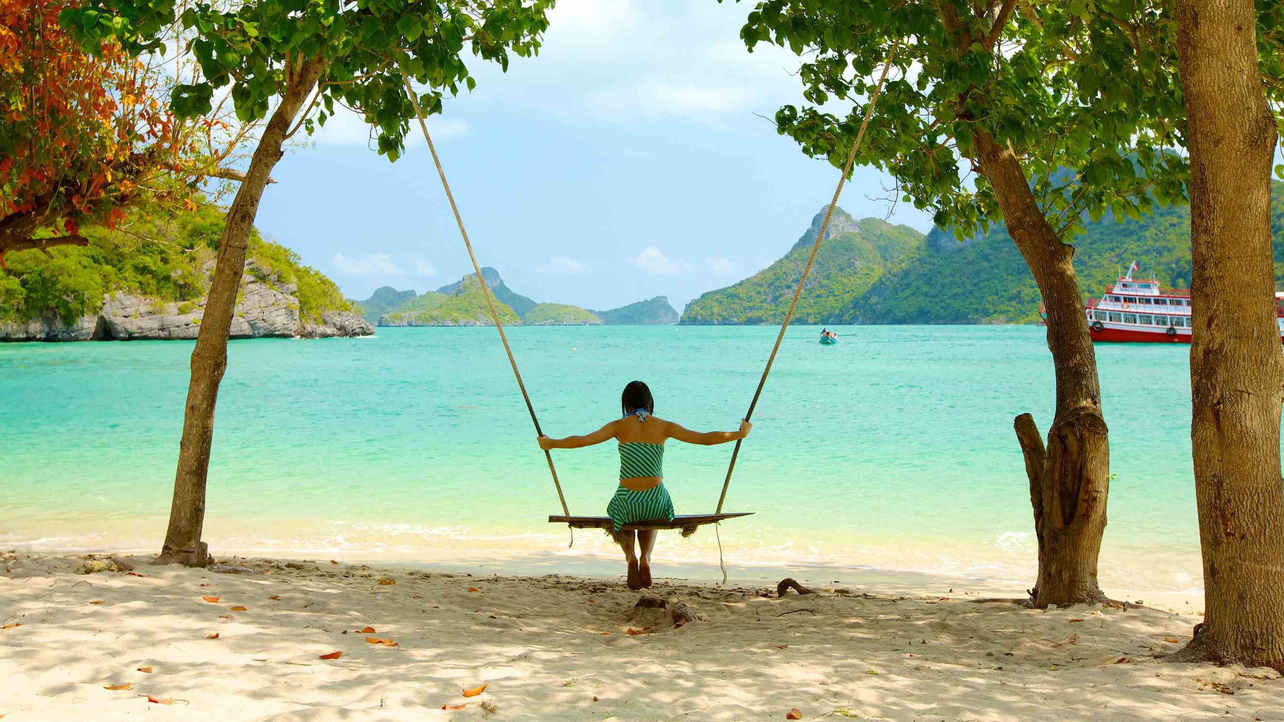 Secret Islands And Beaches In Thailand
